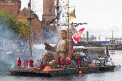 Big Giant on raft, Liverpool's Dream 2018